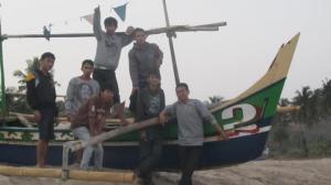 berfoto perahu nelayan
